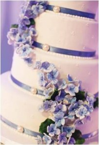 Wedding Cake Source: Selena Cakes http://selenacakes.com